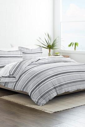 IENJOY HOME Home Collection Premium Ultra Soft Vintage Stripe Pattern 3-Piece Duvet Cover Set - Light Gray
