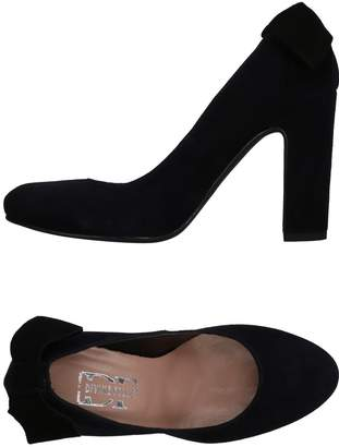 DIVINE FOLLIE Pumps