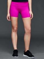 Gap gFast sprint tech shorts