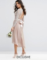 TFNC WEDDING Lace Midi Dress With Bow Back