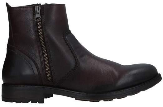 c025804c8 Steve Madden Shoes For Men - ShopStyle UK