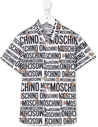 Moschino Kids all over logo print shirt