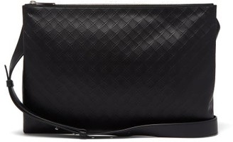 Bottega Veneta Intrecciato-embossed Leather Messenger Bag - Mens - Black