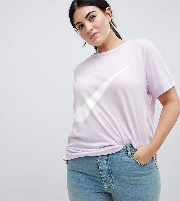 Nike Plus T-Shirt In Lilac