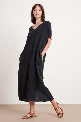 Velvet by Graham & Spencer Yana Linen Caftan Dress