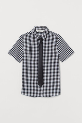 H&M Shirt with a tie/bow tie