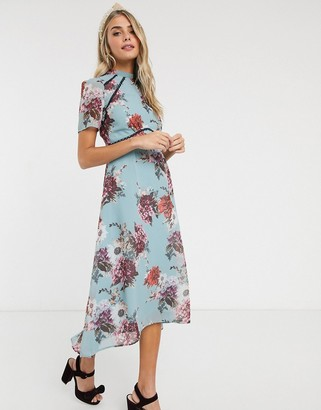 Hope & Ivy midi dress with open back in grey floral
