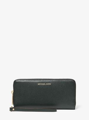 MICHAEL Michael Kors Leather Continental Wristlet