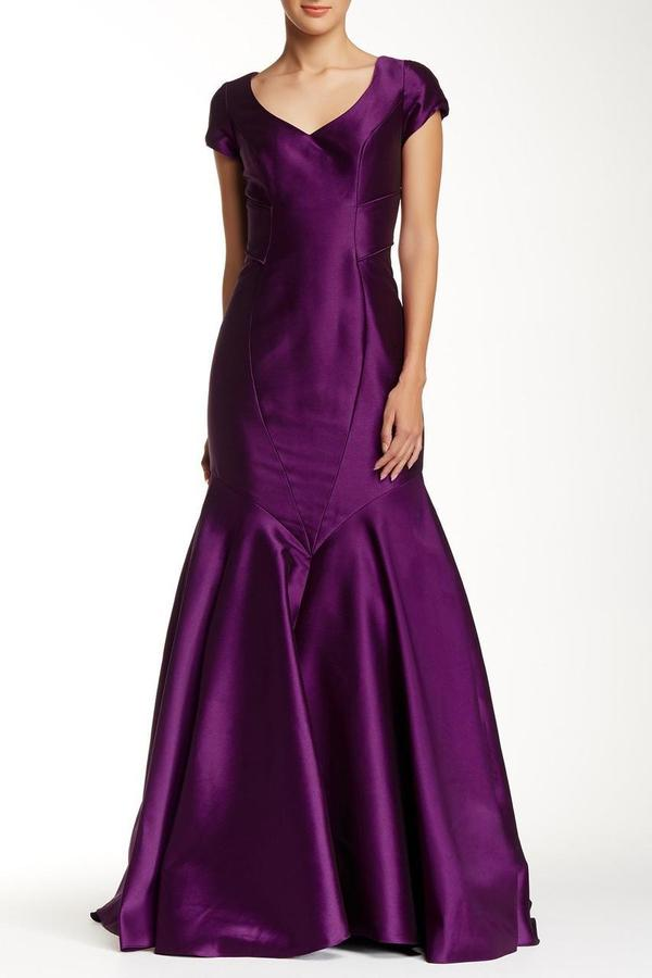 Theia 881928 V Neck Short Sleeves Mermaid Gown