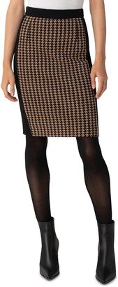 Akris Punto Houndstooth Jersey Pencil Skirt