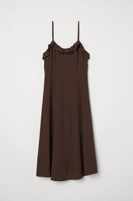 H&M Sleeveless frill-trimmed dress