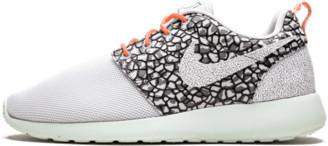 Nike Womens Roshe One Premium Shoes - 10W