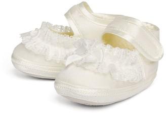 Sarah Louise Lace-Detail Shoes