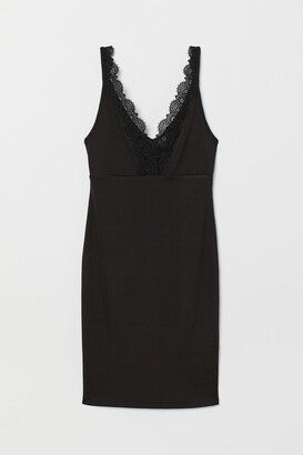 H&M Bodycon dress with lace