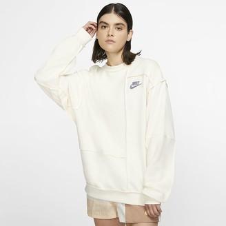Nike Women's Fleece Crew Sportswear Icon Clash