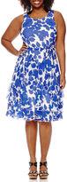 Robbie Bee Sleeveless Printed Dress - Plus