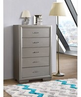 Everly Aguilera 5 Drawer Chest Quinn Color: Silver Champagne