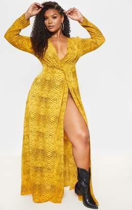 PrettyLittleThing Plus Yellow Snake Twist Detail Maxi Dress