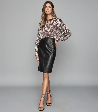 Reiss Megan - Leather Pencil Skirt in Black