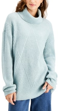 Hooked Up by IOT Juniors' Cozy-Knit Turtleneck Tunic Sweater