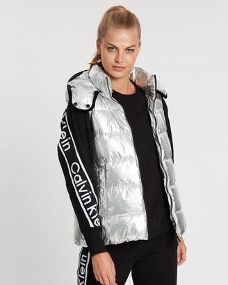 Calvin Klein Channel Quilt Vest