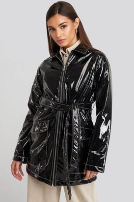 NA-KD Shiny Contrast Seam Pu Jacket Black