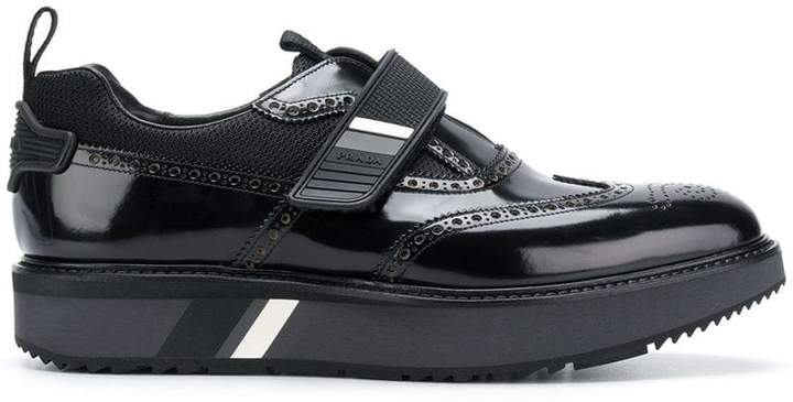 block-sole leather brogues Prada TnMPl