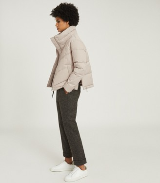 Reiss Dax - Short Puffer Jacket With Side Zip in Stone