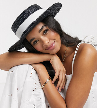 South Beach Exclusive straw boater hat in black with changeable bands in white and black and size adjuster