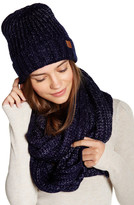 David & Young Beanie & Scarf Set