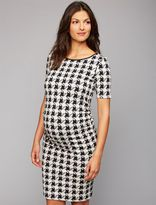 A Pea in the Pod Isabella Oliver Sheath Nursing Dress