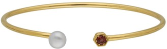 Gemondo Modern Pearl Garnet Open Bangle in Yellow Gold Plated Silver