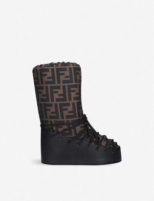 Fendi Leather lace-up snow boots