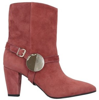 ANDREA PINTO Ankle boots