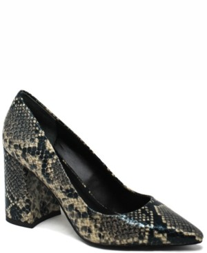 Charles by Charles David Vasto Pumps Women's Shoes