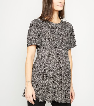 New Look Maternity Jersey Ditsy Floral Top