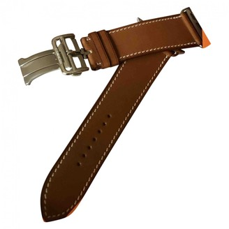 Hermes Apple Watch x 42mm Camel Steel Watches