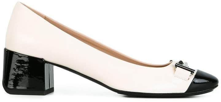 Tod's silver-tone buckle pumps