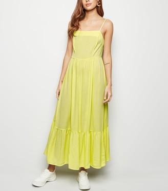 New Look Crinkle Tiered Hem Midaxi Dress