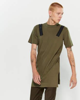 Numero 00 Stripe Shoulder Short Sleeve Tee