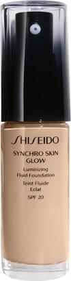 Shiseido Synchro Skin Luminizing Fluid Foundation