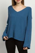 Tcec V-Neckline Sweater