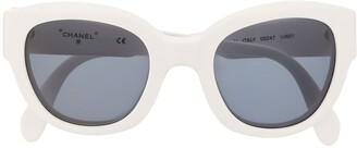 Chanel Pre Owned Logo Rounded Sunglasses