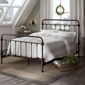 Lark Manor Cavaillon Standard Bed Color: Antique Dark Bronze, Size: King