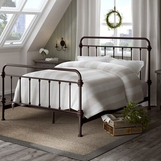 Lark Manor Cavaillon Standard Bed Lark Manor Color: Antique Dark Bronze, Size: King