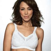 Playtex Airform Wire-Free Spacer Fabric Soft Cup Bra