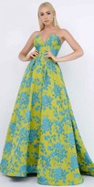 Mac Duggal Strapless Sweetheart Floral Brocade Pleated Ball Gown