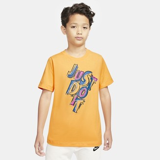 Nike Big Kids' (Boys') Short-Sleeve AM90 T-Shirt Sportswear