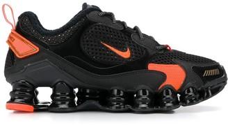 Nike TL Nova low-top trainers