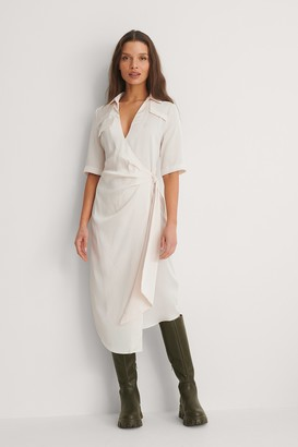 NA-KD Gathered Satin Shirt Dress